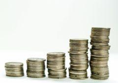 Millorar els ingressos fent pagar el que toca a les elèctriques, Telefónica i l'Església